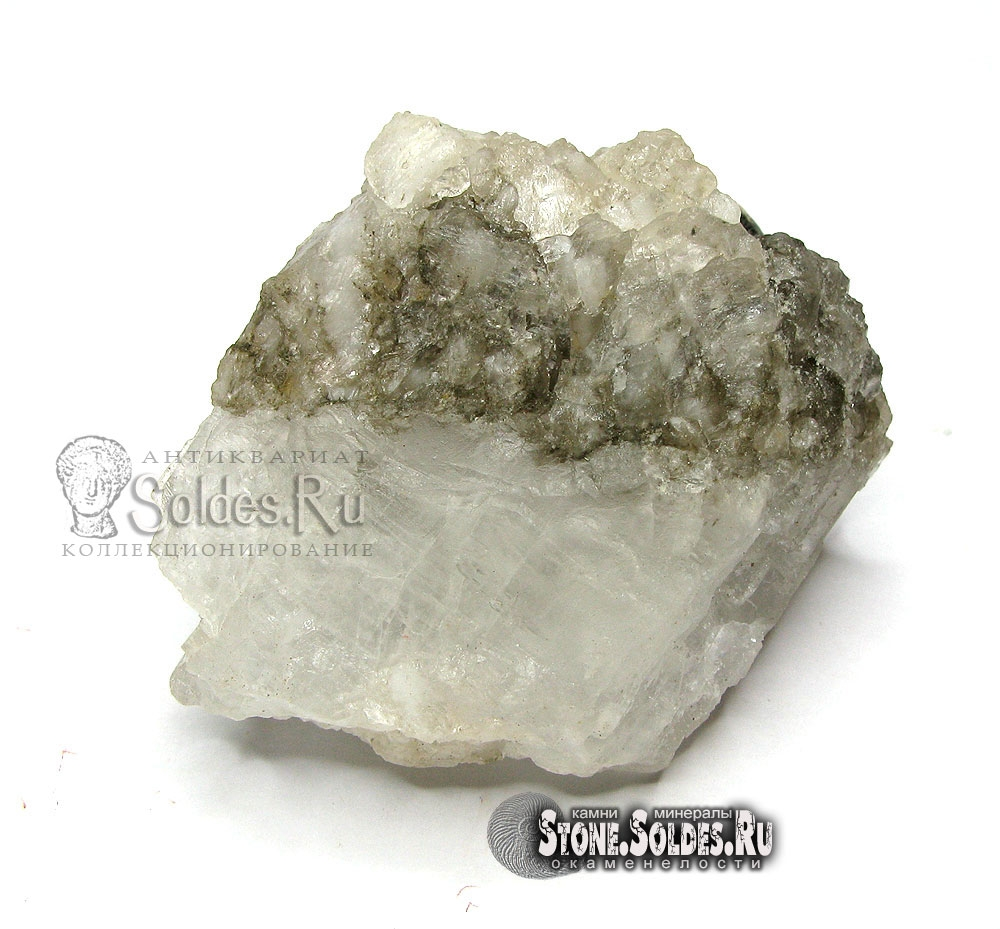 Галит (каменная соль).