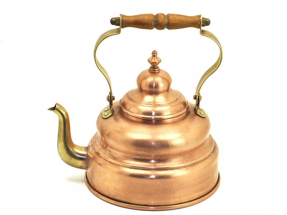 Чайник для кипятка.